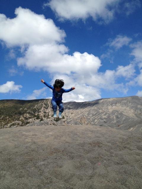 cena-jump